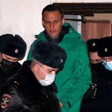 ES svarsto atsaką į A. Navalno areštą ir protestuotojų sulaikymus