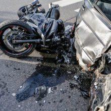 Per savaitę eismo įvykiuose žuvo šeši žmonės, sužeista – 111