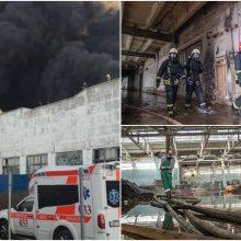 Gaisrą Alytuje malšinusiems ugniagesiams – 600 eurų premijos