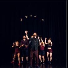 """""""Naujojo cirko savaitgalis'19"""": kvapą gniaužianti akrobatika ir mokslinis cirkas"""