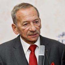 Mirė Čekijos parlamento Senato pirmininkas J. Kubera