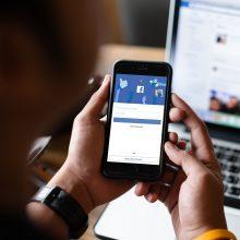 """Žiniasklaida: nutekinti 533 milijonų """"Facebook"""" vartotojų asmeniniai duomenys"""