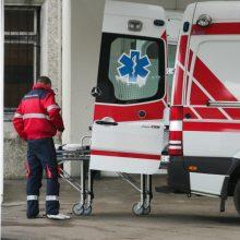 Jurbarko rajone atliekant elektros pastotės demontavimo darbus susižalojo du vyrai
