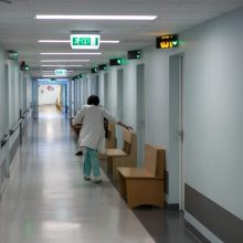 Panevėžyje į ligoninę paguldyta mieste rasta aplinkoje nesiorientuojanti nepilnametė