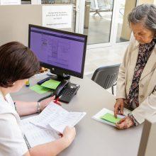 Gydymo įstaigos neskuba vėl atnaujinti darbą