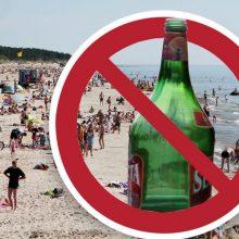 Siūloma atidėti planuotus suvaržymus prekybai alkoholiu