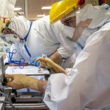 Ligoninėse šiuo metu gydoma daugiau nei 1,2 tūkst. COVID-19 pacientų, iš jų 116 – reanimacijoje
