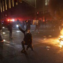 Per neramumus Los Andžele sulaikyta daugiau nei 500 žmonių