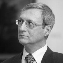 Mirė žymus baltistas, italų kalbininkas prof. habil. dr. G. Mikelinis