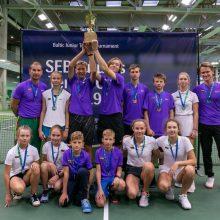 """Lietuvos tenisininkai pirmą kartą triumfavo SEB """"Futures Cup"""" turnyre"""