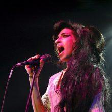 Aukcione JAV bus parduodami prieš 10 metų mirusios atlikėjos A. Winehouse daiktai