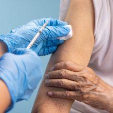 """Lietuvą pasiekė beveik 75 tūkst. """"Pfizer-BioNTech"""" vakcinų siunta"""
