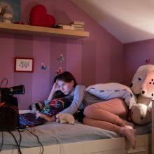 Patarimai tėvams: kaip vaikus apsaugoti nuo seksualinių nusikaltimų internete?