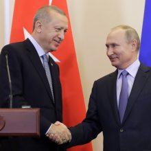 Rusija ir Turkija derasi dėl papildomų S-400 raketų sistemų tiekimo