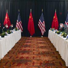 Per pirmąjį J. Bideno eros tiesioginį susitikimą JAV ir Kinija suremia ietis