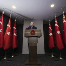R. T. Erdoganas: Turkija nuo birželio atidarys kavines, paplūdimius ir muziejus