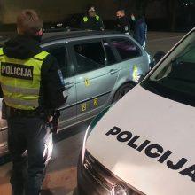 Iš keršto apšaudytas jaunos kauniečių poros BMW: pas užpuolikus rasta narkotikų