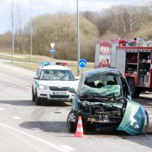 Telšiuose į ligoninę išgabentas automobilyje prispaustas žmogus
