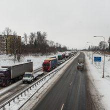Dėl masinės avarijos Vakariniame aplinkkelyje buvo uždarytas eismas
