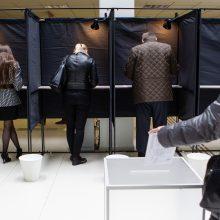 Rinkimai vyksta sklandžiai, rimtų pažeidimų nenustatyta