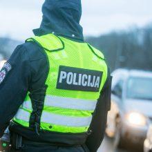 Moters pagrobimas Eiguliuose: auka rasta savo namuose, kuriuose aptikta ir narkotikų