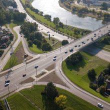 Geros žinios dviratininkams: ties Varnių tiltu įrengtos patogios nuovažos