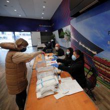 Siaučiant pandemijai, Katalonijoje vyksta svarbūs rinkimai