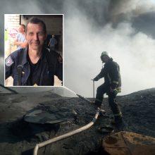 Ugniagesys apie gaisrą Alytuje: teko kapoti ugnies slibino galvas