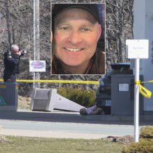 Kanada tokio išpuolio dar nematė: policininku persirengęs šaulys pražudė 16 žmonių