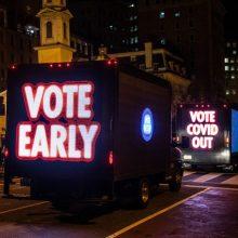 JAV prezidento rinkimai: Rytų pakrantė jau balsuoja