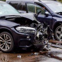 Per avariją Kauno rajone nukentėjo nėščia BMW vairuotoja
