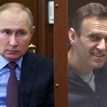 """V. Putinas apkaltino Vakarus naudojant A. Navalną savo mėginimuose """"suvaldyti"""" Rusiją"""
