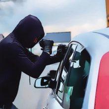 Prieš teismą stos Panevėžyje automobilius vogę nepilnamečiai