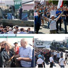 """A. Lukašenka po gamyklų darbuotojų šūksnių """"Išeik"""": galite dar parėkti"""