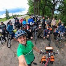 Į 450 km žygį dviračiais išvyko rekordinis skaičius dalyvių