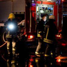 Jiezne mediniame name sprogo dujų balionas, nukentėjo moteris