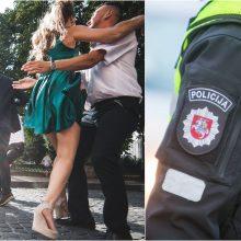 Nuosprendis muštynes vestuvėse sukėlusiems policininkams: juoktis ar verkti?