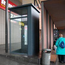 Prie stoties – neveikiantis liftas: labiausiai dėl to kenčia neįgalieji