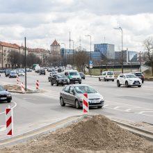 Karaliaus Mindaugo prospekte – eismo chaosas: avarinės situacijos ir vairuotojų barniai