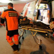 Kauno ligoninėje gydomas vyras, iš namų atvežtas lūžusia kaukole