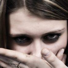 Akibrokštas smurto tyrime: paauglė atsisakė duoti parodymus prieš globėją