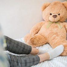 Žiauriai sumuštos paauglės tėvas: dukra gynėsi, o jis sakė, kad ją užmuš