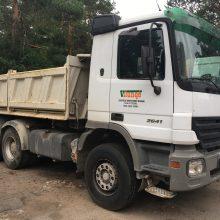 Nepraleido: sunkvežimiui nepavyko atlikti techninės apžiūros dėl stabdžių sistemos gedimo.