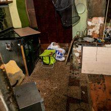 Panerių gatvėje rastas vyro kūnas su smurto žymėmis: įtariamasis sulaikytas