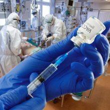 Naujas tyrimas atskleidė: nuo delta koronaviruso atmainos perdavimo neapsaugo net vakcinos