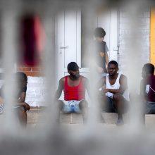 Per parą sulaikyti 35 neteisėti migrantai, didžioji dalis bandžiusių kirsti sieną – apgręžti