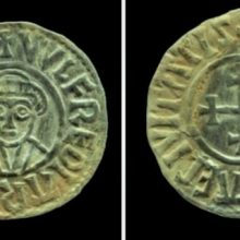 """Jungtinėje Karalystėje nuteisti vikingų laikų lobį pavogę """"juodieji archeologai"""""""