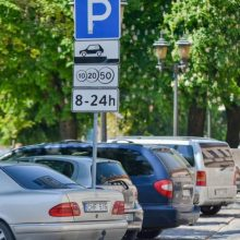 Svarbu vairuotojams: Kauno centre keičiasi automobilių stovėjimo tvarka