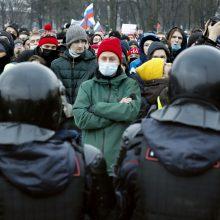 Maskvoje vilnija A. Navalno šalininkų protestai: tarp sulaikytųjų – Kremliaus kritiko žmona