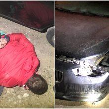 Sulaikytas naktimis svetimus automobilius ardyti pamėgęs kaunietis